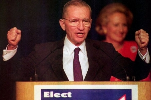 Ex candidato presidencial independente Mericano Ross Pero a fayece