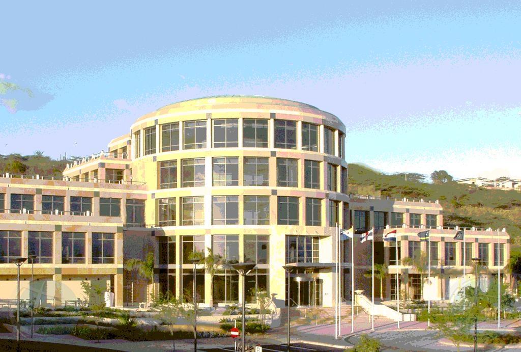 Investigacion caso Banco Central Corsou/screening pasa pa OM Aruba