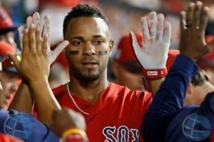 Xander Bogaerts a rechasa intento di Yankees pa pag'e dobel pa firma