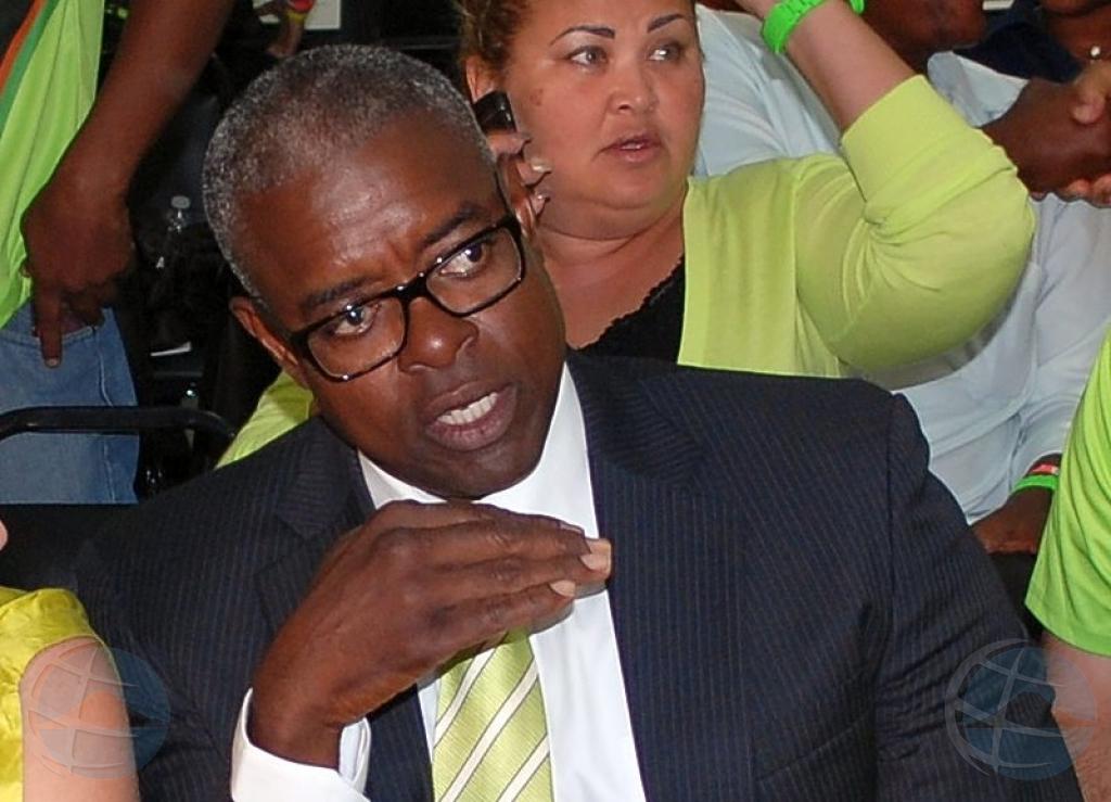 Gobierno di St Maarten a perde mayoria dialuna mainta