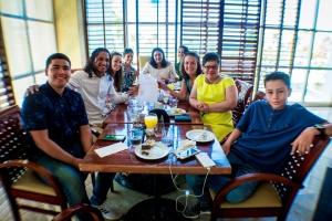 Riu Palace Antillas a organisa brunch di gradicimento p'e fundacionnan di bestia
