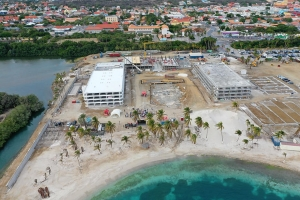 Ex Veneto a bira Corendon Mangrove Beach Resort na Corsou