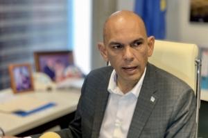 Minister Otmar Oduber ta retira