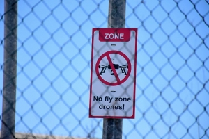 Vigilancia di prison na Corsou a basha bala pa tumba drone