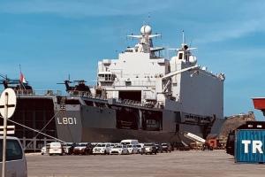 A haya droga riba militar Hulandes riba bapor di marina na Corsou