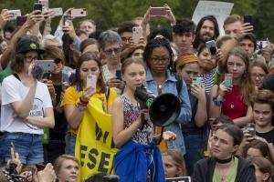 Kidright a concede premio di paz pa mucha na Greta Thunberg y Divina Maloum