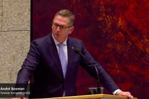 Debate 'cayente' den Tweede Kamer ora cu a trata Aruba, Corsou y St Maarten