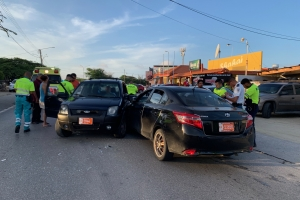Dos herido den accidente na Macuarima