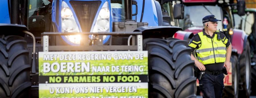 Miles di cunukero Hulandes rabia a mobilisa pa Den Haag pa protesta