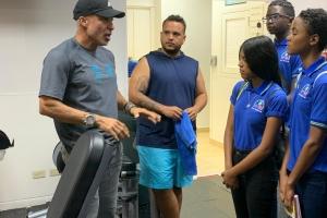 Alumnonan EPB San Nicolas a haci tour di orientacion hotelero