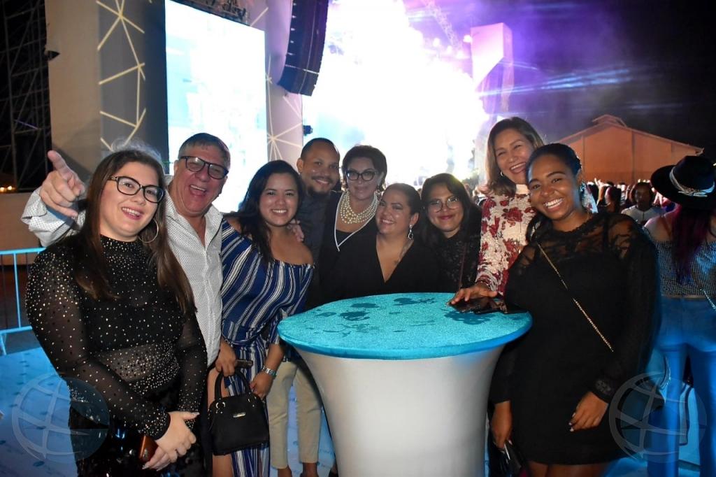 Wind Creek Casinos cu un anochi VIP durante concierto di Marco Antonio Solis