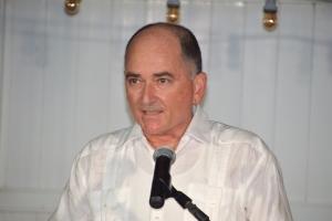 De Cuba: Tene debate nacional riba caso di grupo creciente di ciudadanonan indocumenta