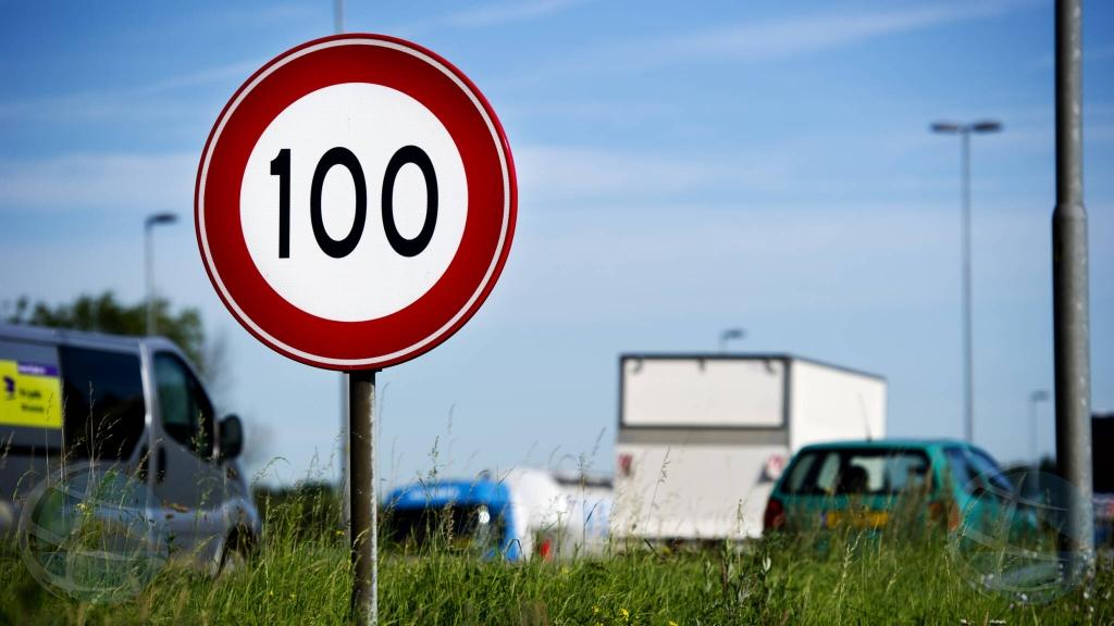 Reduccion di velocidad pa 100 km na Hulanda ta otro aña maart