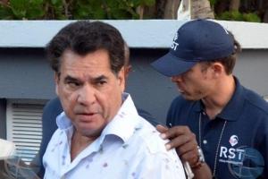 Huez Comisario a bay di acuerdo cu prolongacion detencion dos Santos