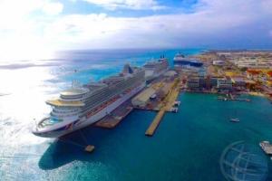 Turismo crusero por kibra record di 815 mil turista e aña aki