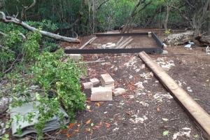 DIP a constata construccion illegal den besindario di Bucutiweg