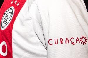 E club di futbol Hulandes Ajax a bira partner nobo di CTB