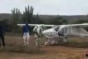 Piloto di avioneta ta haci aterisahe di emergencia na Corsou