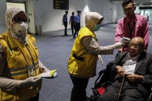 Corona virus a cobra bida di 17 hende caba na China
