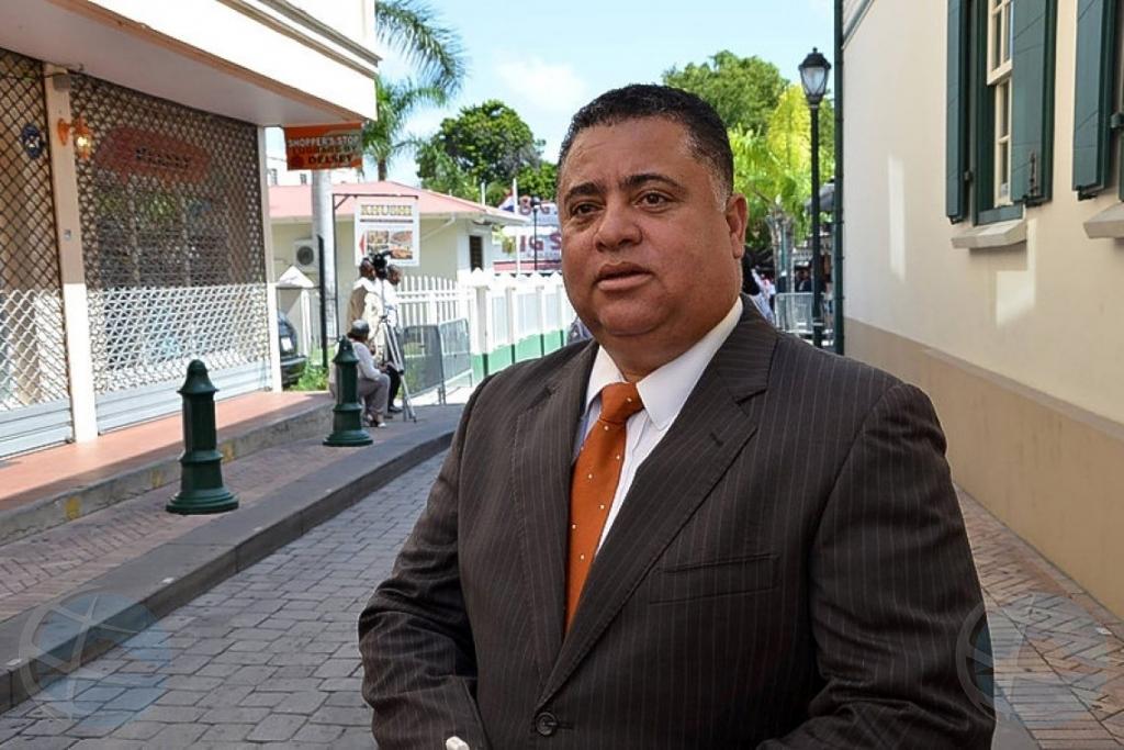 Parlamentario di St Maarten sentencia na 3 aña di castigo di prison