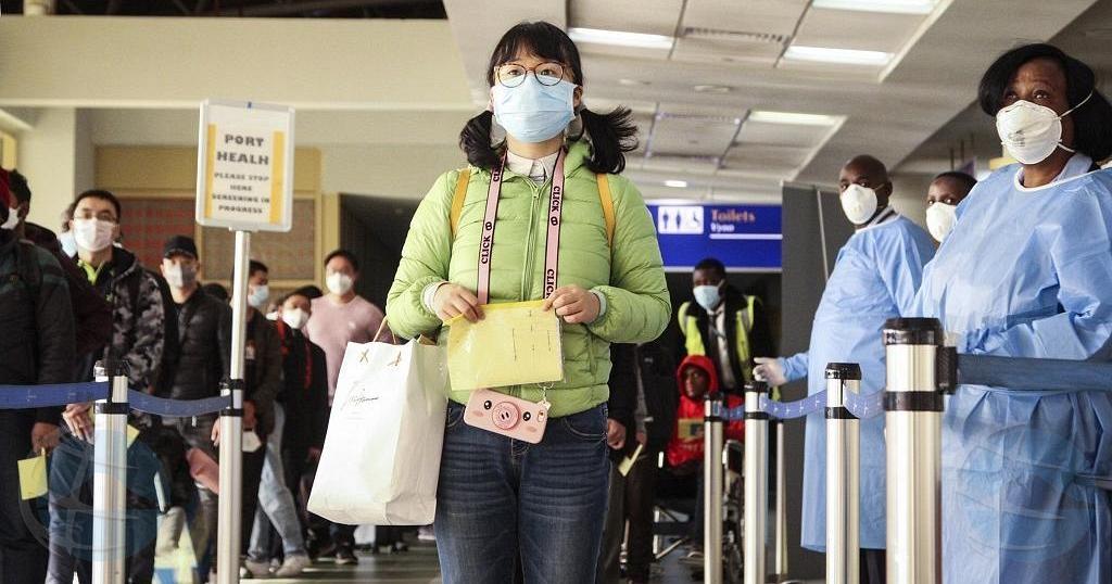 Hende cu bin Aruba for di China mester haci checkeo medico prome