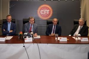 Cft: 'Corsou mester tuma medida significativo pa pone su presupuesto na ordo'