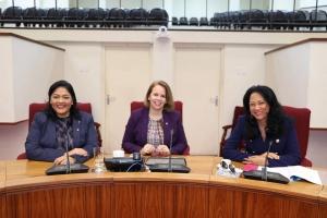 Parlamento a trata proyecto di gobierno anterior esta 'Bo Aruba'