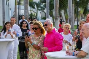 Parehanan di Riu Palace Aruba a renoba matrimonio durante bahada di solo
