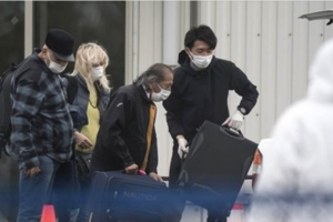 Dos persona cu a bandona bapor crucero, a muri di coronavirus