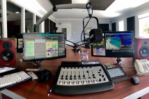 Bonaire tin un emisora nobo cu Cool FM