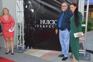 E pelicula localmente produci Huicio Perfecto tabatin su premiere ayera!