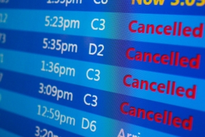 Gobierno Mericano a ordena aeroliñanan reembolsa pasaheronan pa buelo cancela