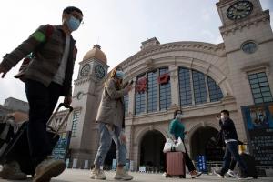 Centro di e epicentro di coronavirus Wuhan a termina su lockdown