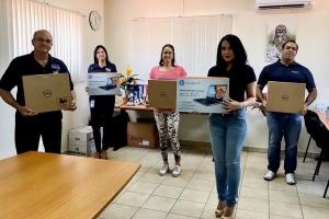 Kiwanis Club of Aruba trahando riba proyectonan durante crisis