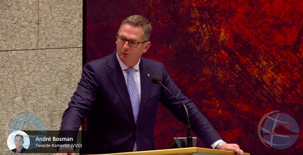 Bosman: Na Aruba tin algun ex politico cla pa drenta prison