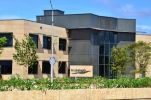 Aruba Bank ta extende asistencia pa cliente debi na crisis di Covid-19