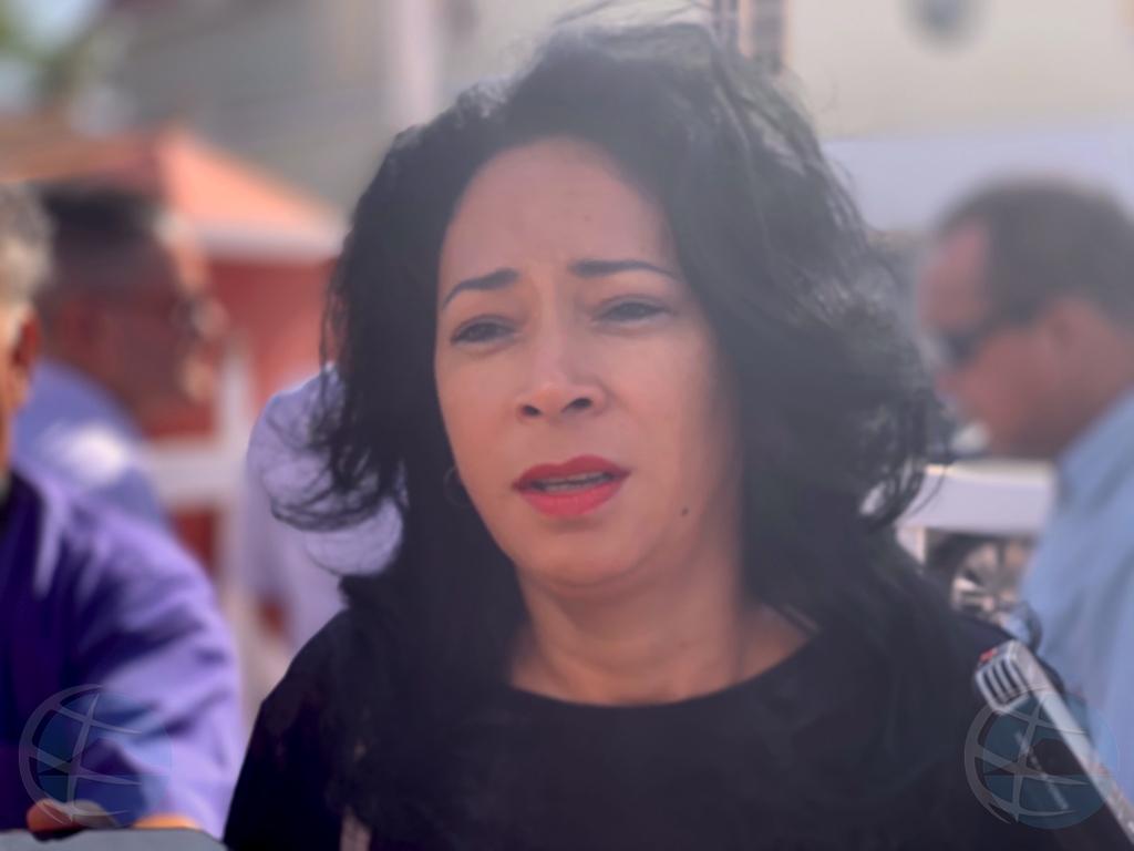 Minister Marisol Lopez no ta mira pakico e tin cu retira
