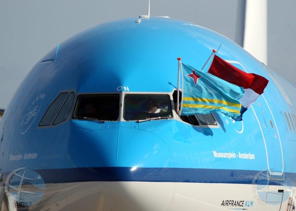 Pasaheronan di KLM a haci procedura di COVID-19 test na aeropuerto