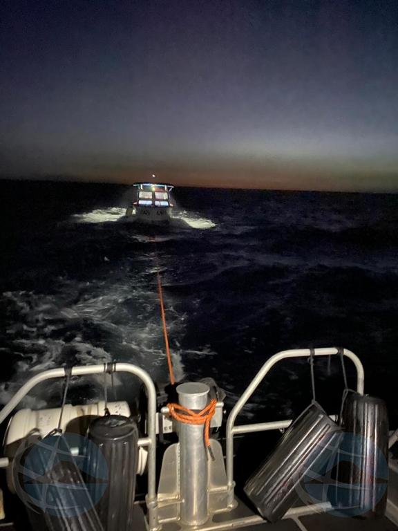 Warda Costa ta rescata boto piscado den problema na Aruba