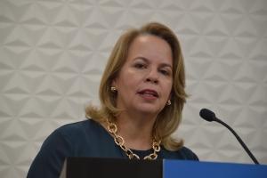 Si Marisol Lopez Tromp baha como minister, POR no ta haya otro minister