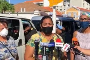 Gobierno: Pasaheronan di autobus, taxi y tourbus mester bisti mondkapje