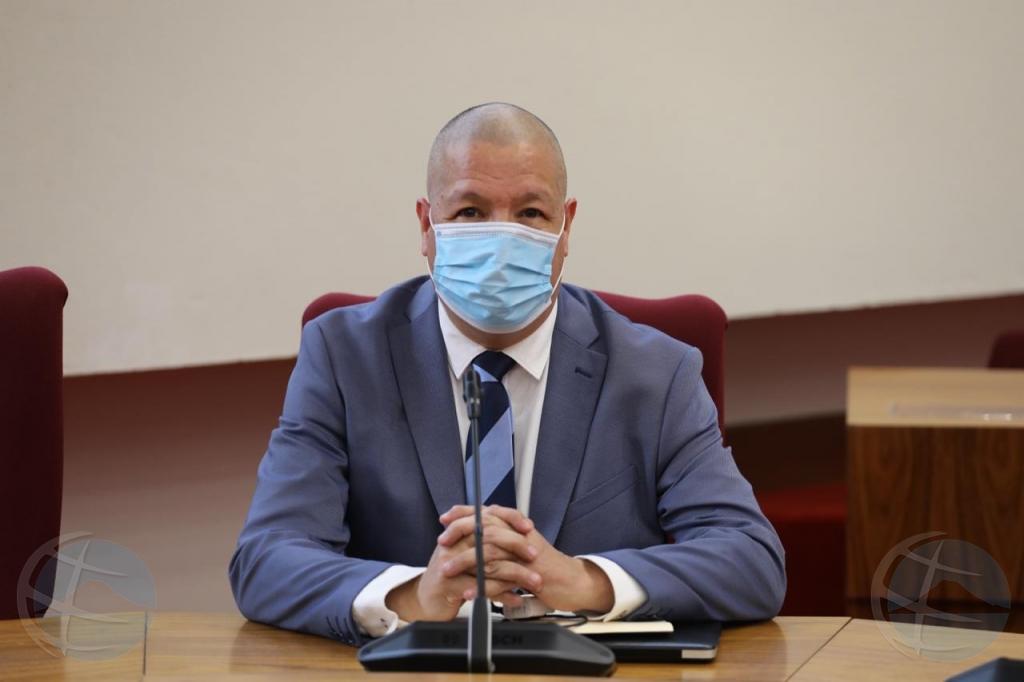 Minister sorprendi cu BZK no ta respeta palabracion haci den JVO