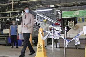 Homber ta contagia pa di dos biaha cu COVID-19 na Hong Kong