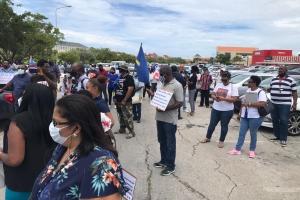 Centralnan sindical na Corsou cu protesta contra CHE ta marcha pa topa Knops