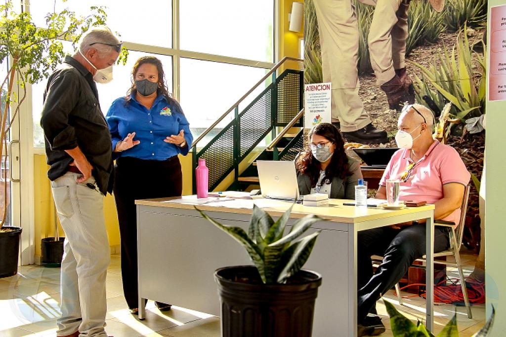 WEB: Gobierno, WEB y Santa Rosa ta ofrece awa agricola na un tarifa reduci