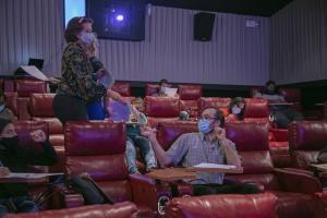 MetaCorp a emplea casi 100 trahado pa e cinema nobo The Movies IMAX @ Gloria