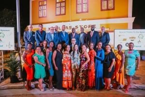 Kiwanis Club of San Nicolas a ricibi 'Governors Award' den su prome aña!