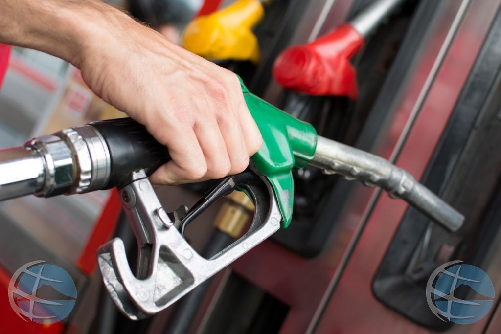 Gasoline ta baha pero diesel y kerosin ta subi mañan