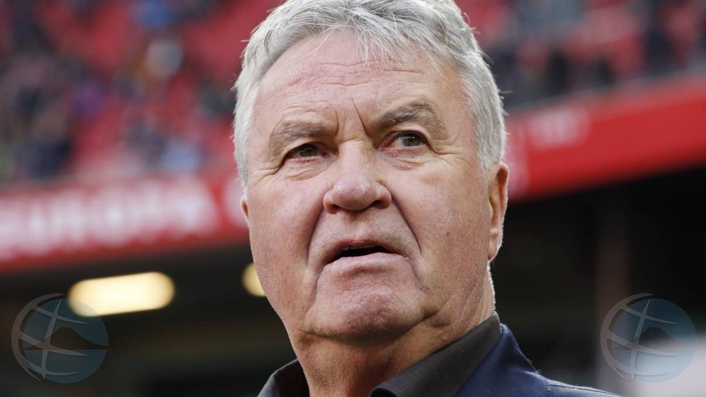 Despues di caso sumario, awor Guus Hiddink por bira coach na Corsou