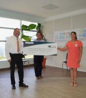 Empleadonan di Gabinete di Gobernador di Aruba a haci donacion